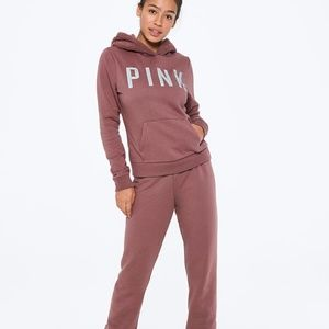 VS PINK PERFECT PULLOVER & CLASSIC PANT GIFT SET